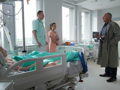 """""""Pierwsza miłość"""": Zamach w szpitalu (wideo)"""