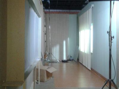 10_okno-a-za-oknem.jpg