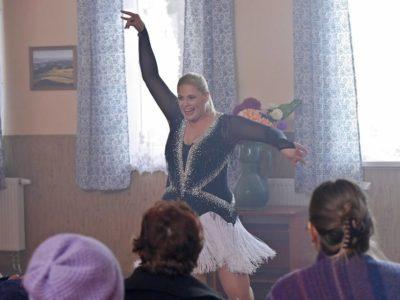 """Obraz: Ela Romanowska tańczy w """"Pierwszej miłości""""!"""
