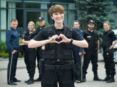 Policjantki i policjanci (Policemen)