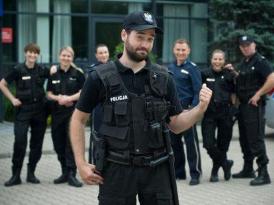 """""""Policjantki i policjanci"""": Serialowy Krzysiek  Zapała o nowym sezonie! (wideo)"""