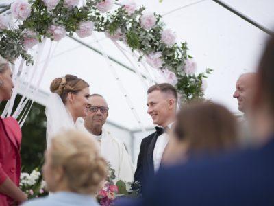 """""""Policjantki i policjanci"""": Ślub Alicji i Jacka (wideo)"""