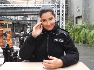 """Laura Samojłowicz jako Karina w """"Policjantkach i policjantach"""" (wideo)"""