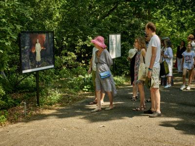 wystawa zdjęć Jacka Poremby do kalendarza ATM, Ogród Botaniczny PAN <br>